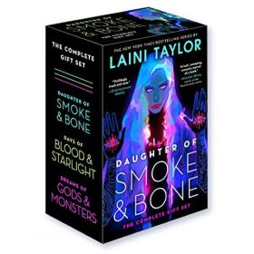 Daughter of Smoke & Bone: The Complete Gift Set (Paperback)