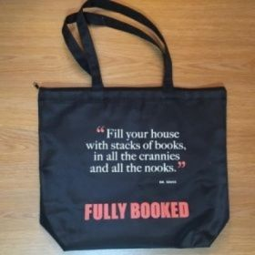 Fully Booked Quote Tote Bag with Zipper: Dr. Seuss (Black)